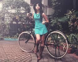 nesia_woman.jpg